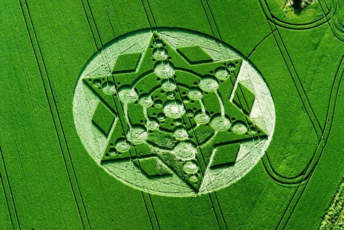 Crop Circles (Círculos nas Plantações)