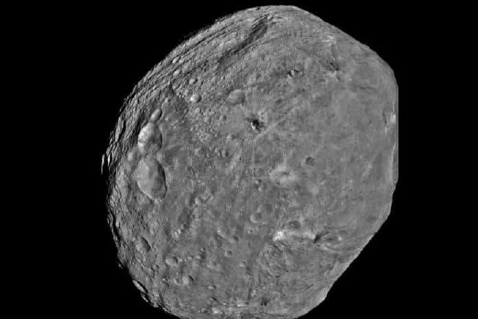 Asteroide 2012 DA14 próximo da Terra