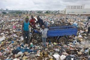 Lixo electrónico no Gana