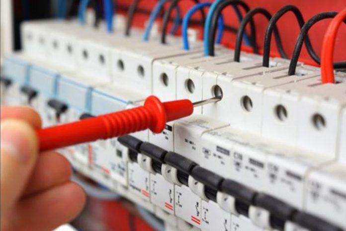 Rendas Excessivas: Electricidade e Telecomunicações com preços excessivos