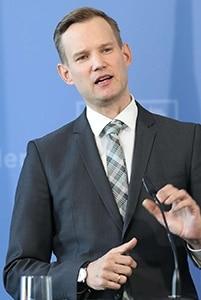 Prof. Hendrik Streeck